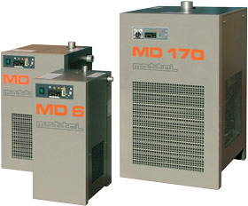 Direct-expansion refrigeration dryer